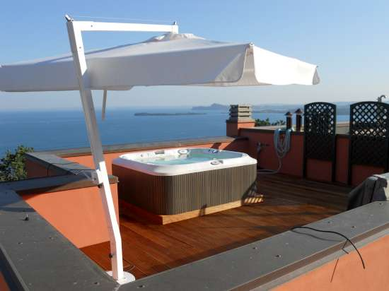 Minipiscine piscine da terrazzo o vasche idromassaggio piscine